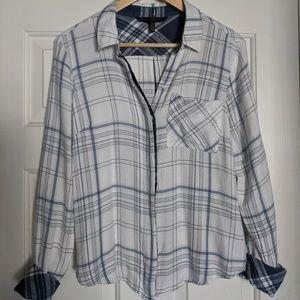 White House Black Market gorgeous blouse